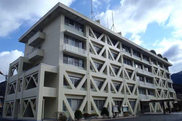 下呂総合庁舎本館棟
