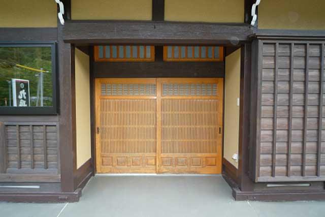 丹生川の家